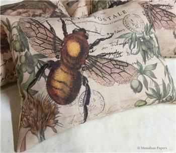 Bumble Bee Pillow - SPS983PIL