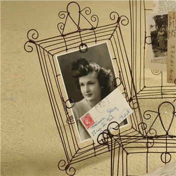 Wire Picture Frame - 8942WF