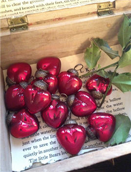 Glass Hearts - RED PAIR